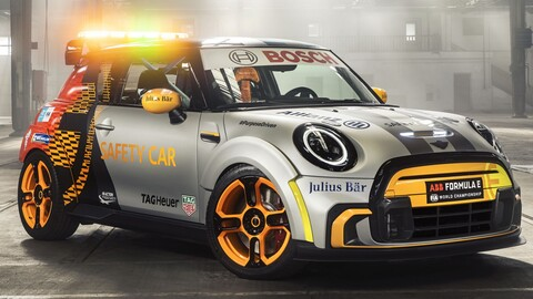MINI Electric Pacesetter es el nuevo safety car de la Fórmula E