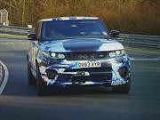 El Range Rover Sport SVR, aterrizó en Goodwood