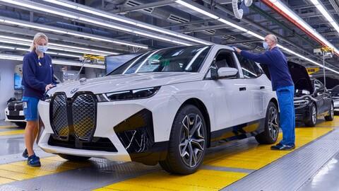 BMW iX ya se fabrica en Alemania