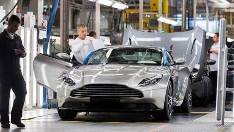 ¿Cuánto dinero perdió Aston Martin en el primer trimestre de 2020?