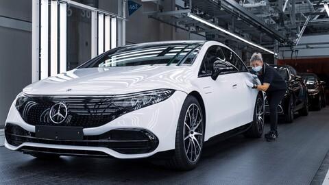 Mercedes-Benz ya está a toda máquina con la fabricación del EQS en Alemania