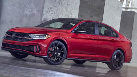 Volkswagen Vento 2022: Gana en detalles pero no en motor