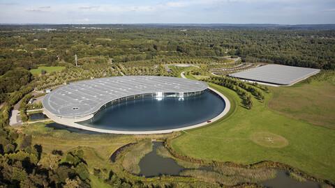 McLaren pone en venta sus cuarteles generales en Surrey
