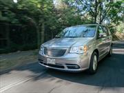 Chrysler Town and Country 2014 a prueba