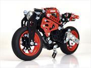 Meccano Ducati Monster 1200 S, la motocicleta hecha juguete