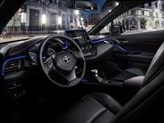 Conoce el interior del Toyota CH-R 2017