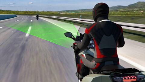 BMW desarrolla un control crucero adaptativo para motos