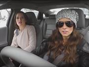Danica Patrick se hace pasar por conductor de Lyft