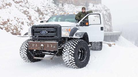Esta camioneta Ford está bien lista para su trabajo