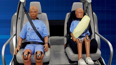 Ford elimina los cinturones traseros inflables de la F-150