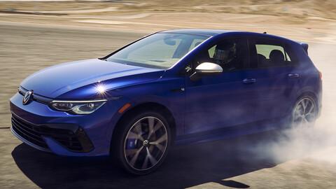 Volkswagen GTI y Golf R derrapan al ritmo de Tanner Foust en Willow Springs