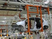 Nissan inaugura planta en Brasil