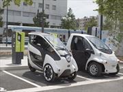 Los Toyota i-ROAD y COMS se integran al transporte público de Francia