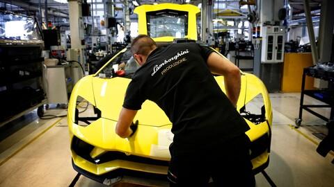 Lamborghini solo fabricará y venderá súper autos híbridos y eléctricos