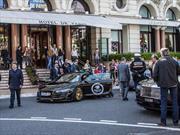 Bizarro accidente de un Audi R8 en Mónaco