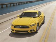 El Mustang, a sus 52 años sigue conquistando