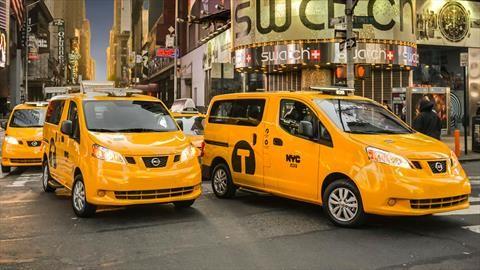 ¿Adiós al taxi de Nueva York? Nissan NV200 se dejaría de producir en México