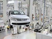 El gobierno quiere un millón de autos por año