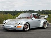 Sale a subasta un exclusivo Porsche 911 Carrera RSR 3.8