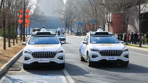 China tiene su primer servicio de taxis autónomos sin chofer de seguridad