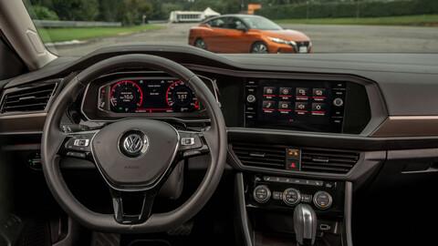 Motor de arranque: Carplay, Android Auto o el Sistema de tu auto ¿cuál prefieres?
