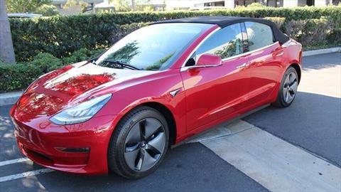 Tesla Model 3 ¿convertible?, a Elon Musk no le gusta esto