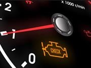 10 razones por las que se enciende la luz del Check Engine