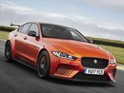 Jaguar XE SV Project 8, la potencia y el desempeño como emblemas