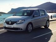 RENAULT-Sofasa  entrega seis nuevos vehículos  a la Escuela de pilotos Renault Sandero