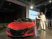 El primer Acura NSX 2017 es entregado a su orgulloso dueño