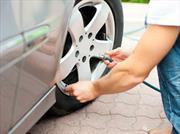 ¿Cómo cambiar un neumático en el menor tiempo posible?