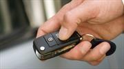 ¿Por qué son tan caras las llaves de los autos modernos?