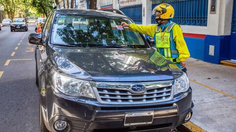 Regresan casi todas multas por mal estacionamiento a CABA