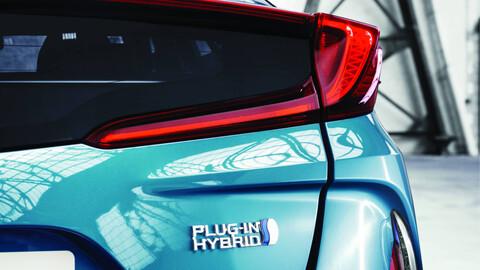 Híbrido o normal, ¿Qué auto es más conveniente comprar?