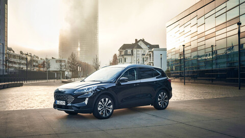 Ford Kuga suma en Europa una tercera versión electrificada