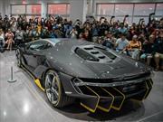 Lamborghini Centenario LP770-4 visita el Petersen Automotive Museum