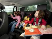 Evita que tus hijos se mareen al viajar en auto