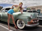 Pin Up Girls en la industria automotriz