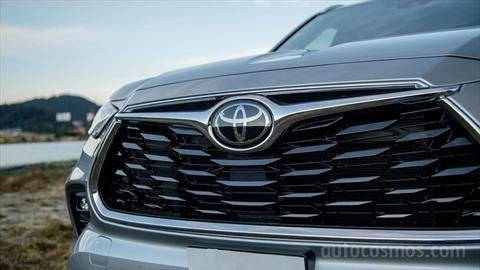 Cayeron en México las ventas de autos en un 64.5% en el mes de abril