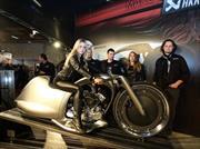 Akrapovič Full Moon, la motocicleta futurista