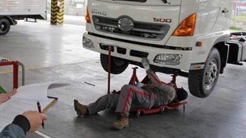 Recomendaciones para ir a vitrinas y talleres de autos sin contagiarse de Covid-19