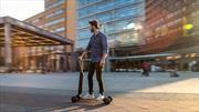 Audi más allá de los autos eléctricos con el scooter e-tron