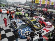 STC2000: Chevrolet, Toyota y Renault en un podio pasado por agua