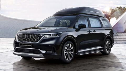 KIA convierte a la minivan Carnival en una limusina