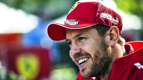 Vettel coquetea con Aston Martin y pone en peligro la continuidad de Checo Pérez