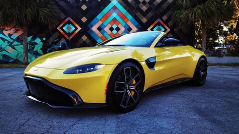 Aston Martin Vantage Roadster a prueba, extravagancia al estilo británico