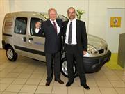 La fundación Renault donó una Kangoo