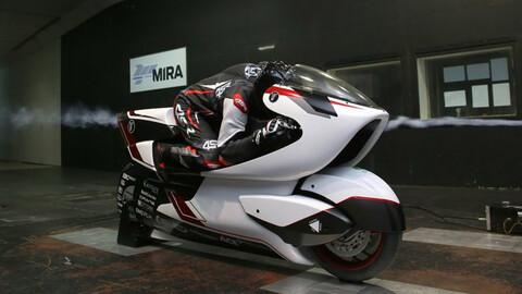 Esta moto con la aerodinámica más rara que hayas visto se prepara para batir récords