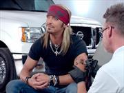 Video: Bret Michaels promueve las camionetas Nissan en EUA