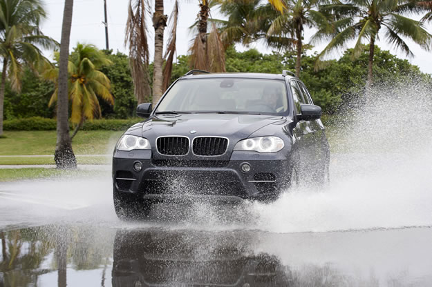 Nueva BMW X5 2011: Totalmente Turbo